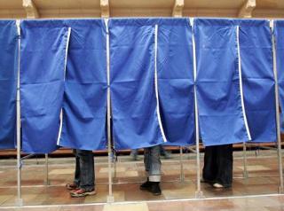 Elvetette a jogi bizottság a választásokat szabályozó rendeletet