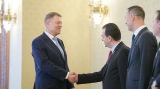 Iohannis a PNL-vel egyeztethet az előrehozott választásokról