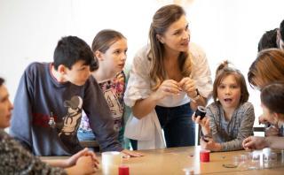 Ékszer- és lélekműhely a zsoboki gyermekotthonban