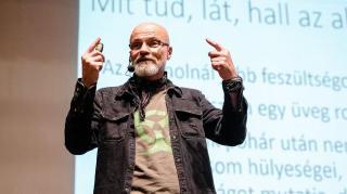 Dr. Zacher Gábor Kolozsváron: Sokkal több az okostelefon, mint az okos ember