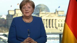Merkel: történelmi jelentőségű feladat a járvány lassítása