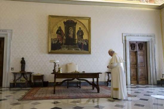 Közös ima a pápával az emberiségért
