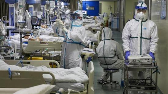 Április közepén tetőzik a járvány, júliusig lecseng – vélik a szakemberek