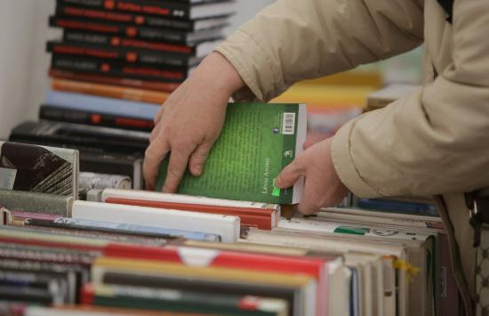 """""""Minden megvásárolt könyv egy munkahely fenntartásában segít"""""""