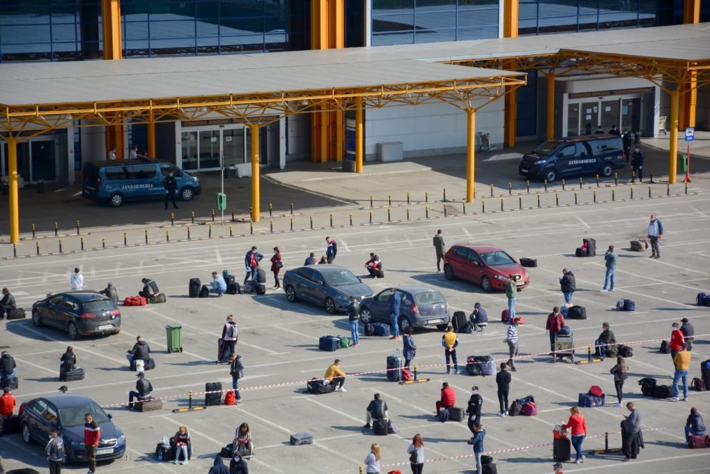 Egymást okolja a mulasztásért a reptér és a megye vezetése