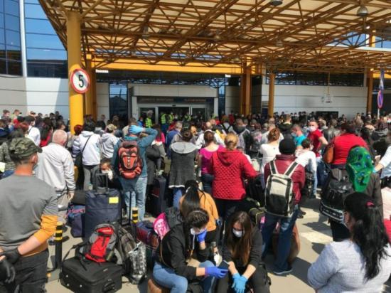 Átiratban magyarázkodik a kolozsvári reptér vezetősége
