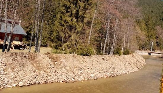 Folytatják a folyómedrek tisztítását, megerősítését