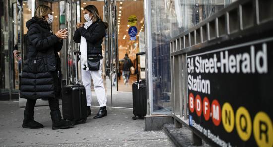 New York államban közterületen kötelezővé tették a szájmaszk viselését