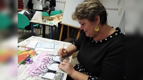 Kellett már valaminek történnie a tanügyben, hogy kedvvel tanuljanak a diákok – online iskola Szamosújváron