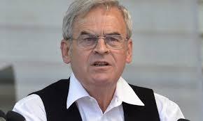 Lemondásra szólította fel Klaus Iohannist az Erdélyi Magyar Nemzeti Tanács
