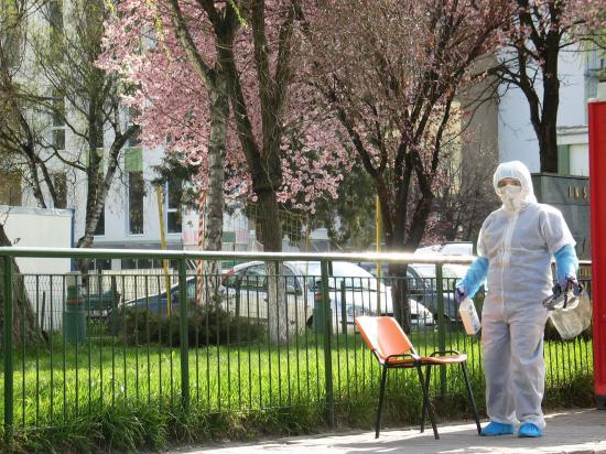 Koronavírus - 1007-re nőtt a halálesetek száma Romániában