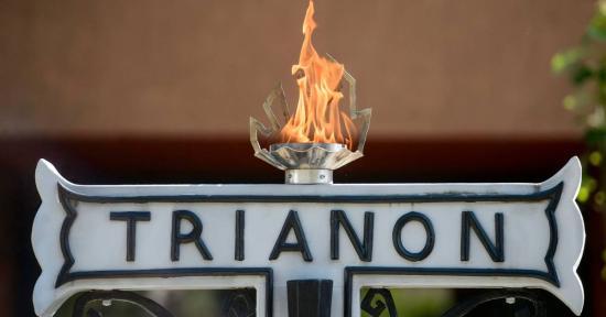 Tiltakozás a román Trianon-törvény ellen