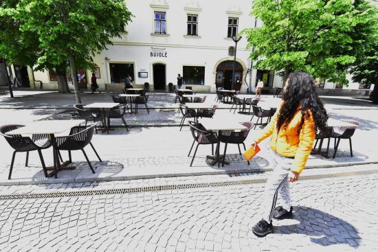 Készen állnak a belvárosi vendéglők, bárok, kávézók teraszai