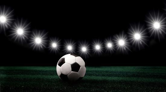 Újrainduló focibajnokságok