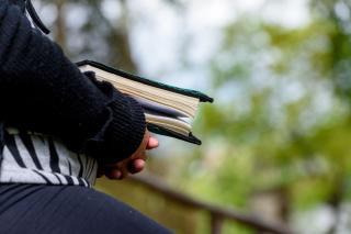 Amiért a harang és az ima szól