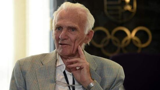 Olimpiai bajnok párbajtőröző és ötkarikás bronzérmes kenus hunyt el
