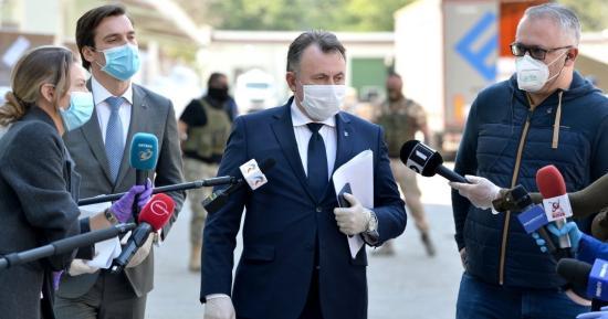 Tătaru: Nem biztos, hogy június 15. után feloldjuk a korlátozásokat