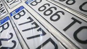 Májusban 45 százalékkal csökkent a forgalomba helyezett új járművek száma