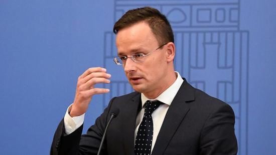 Szijjártó: Iohannis szándékosan árt a magyar-román együttműködésnek (FRISSÍTVE Aurescu nyilatkozatával)