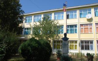 Újraindul a magyar kilencedik osztály a Ghibu-líceumban