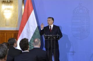 Orbán: Magyarország nem enged be nem ...