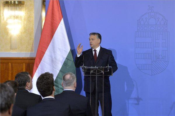 Orbán: Magyarország nem enged be nem uniós polgárokat