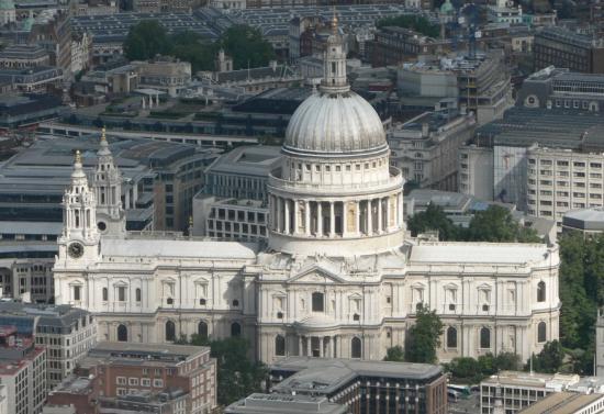 Életfogytiglanra ítéltek egy angol nőt, aki fel akarta robbantani a londoni Szent Pál-székesegyházat
