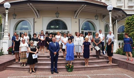 Telesulis pedagógusokat díjaztak Kolozsváron