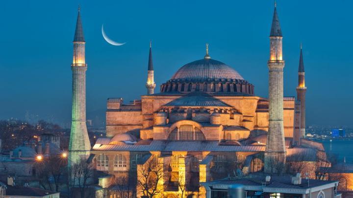 Hagia Sophia-ügy: Törökország óva inti az EU-t a belügyeibe avatkozástól
