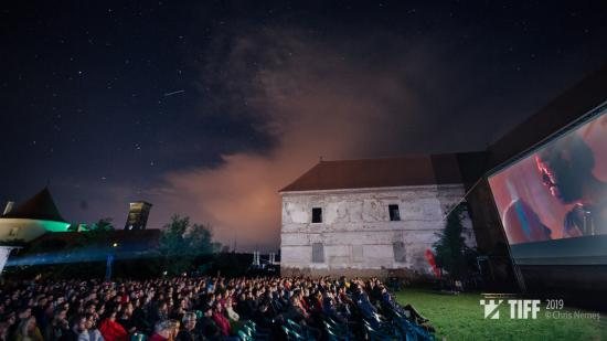 TIFF 2020: vetítések a Bánffy-kastélyban és az Arkhai Szoborparkban