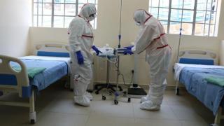 1350 új koronavírusos megbetegedést jelentettek