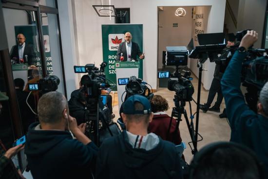 Bíróság: az RMDSZ hívja meg az Átlátszó.ro újságíróit a sajtótájékoztatóira