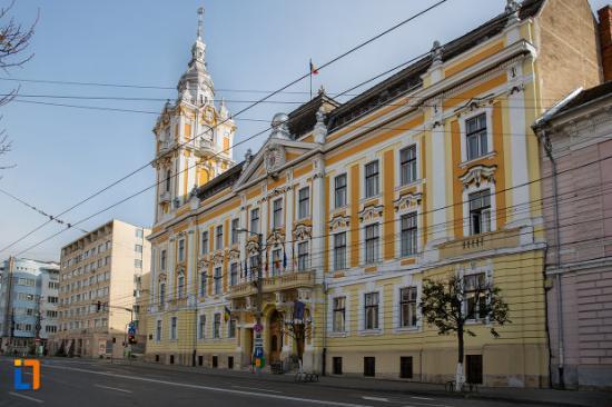 Tizenhárom polgármesterjelölt verseng Kolozsváron