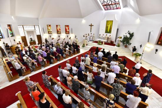 Kövessük Szent Istvánt a keresztény életben