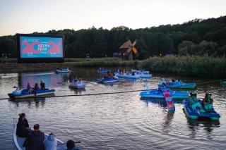 Csónakos és vízibiciklis premier a nagyszebeni Astrán
