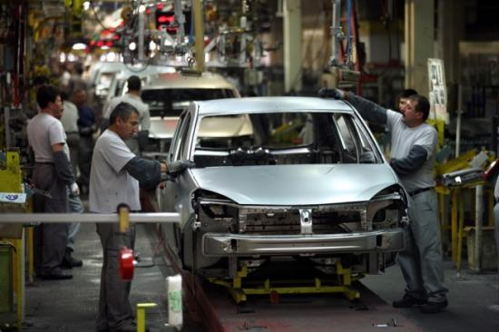 A járműgyártás 22 százalékkal csökkent az első nyolc hónapban