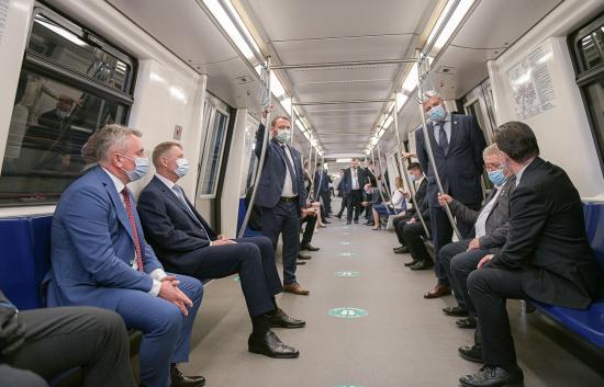 Bukarestben ötéves késéssel felavatták a rendszerváltás utáni első új metróvonalat