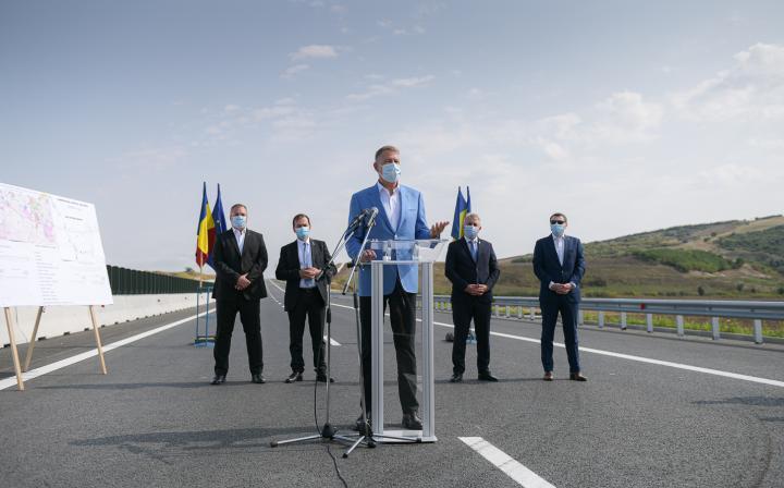 Megnyitották az észak-erdélyi autópálya egyik Maros megyei szakaszát