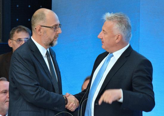 Semjén Zsolt gratulált Kelemen Hunor RMDSZ-elnöknek