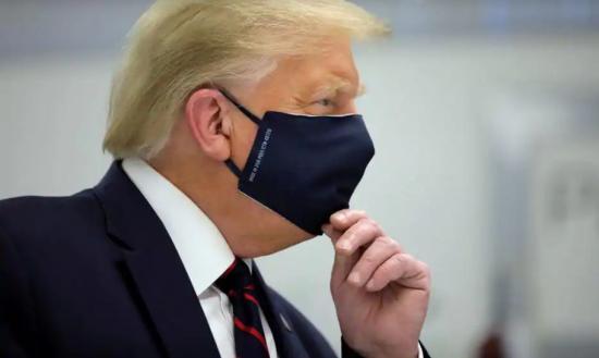 Remdesivirrel kezelik Donald Trumpot, aki már twitterezik