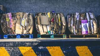 Aszfaltot kakiból, komposztálás városon és falun az ötéves tervben