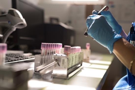 """""""Daganatos járvány"""" is kialakulóban van a koronavírus-járvány mellett"""