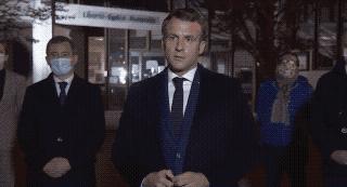 Macron: iszlamista terrorista merénylet volt a tanár lefejezése