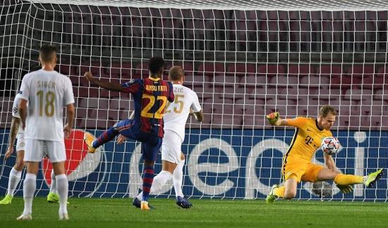 BL: Négy góllal kapott ki Barcelonában a Ferencváros