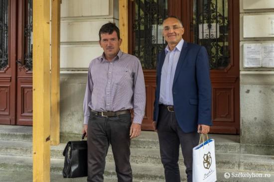 Jogerősen felmentették Csíkszereda polgármesterét és alpolgármesterét