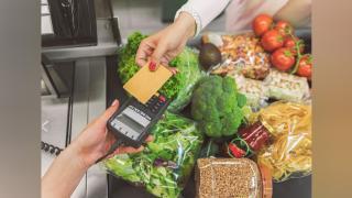 Készpénz vagy bankkártya: szemléletváltás kérdése
