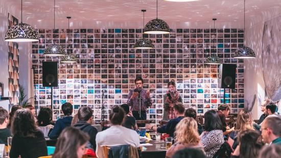 Online beszélgetőest: fókuszban a slam poetry