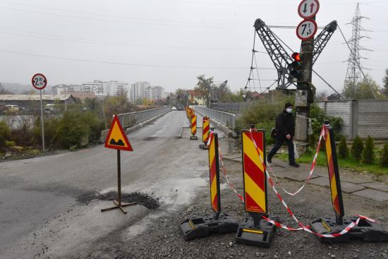 Forgalomkorlátozás miatt szűkítik a Porcelán híd feljáróját