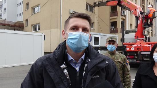 VIDEÓINTERJÚ - Betegosztályozó konténer a Clujana kórháznál