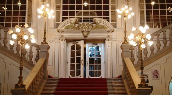 Nyitott Kapuk Napja a román színházban